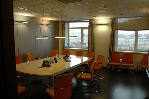 Офис класса А расположен в центре Новосибирска. Авторский проект, (девятый этаж площадью 970,6 кв. м.). В состав объекта недвижимости входит: в подвале этого здания помещение 142 кв. м. и площадь достаточная для парковки 12 автомобилей. Общая площадь...
