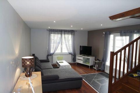 ST FLORENT SUR CHER Centre ville, House 5 Room (s) 90 m², Land 215 m², 2 Bedrooms.