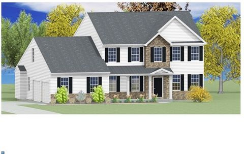 Exclusive custom built Durham Model home by Lynn Builders. Please reference building specs for more information.