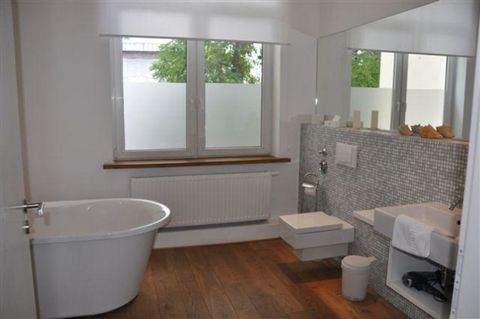 Located in Cologne. Sublet.com Listing ID 3462068. For more information and pictures visit https:// ... /rent.asp and enter listing ID 3462068. Contact Sublet.com at ... if you have questions.