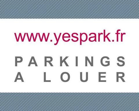 Parking à louer à Vitry-sur-Seine. Entrée située au 4 rue Erik Satie à deux pas du stade d'Ivry-sur-Seine. Parking souterrain avec entrée sécurisée par un sas (grille + porte). Propre bien entretenu. Les places disponibles se trouvent au premier nive...
