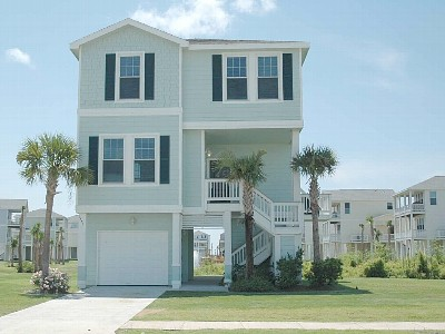 Welcome to the Halloran Beach House at Pointe West! This is our second home away from home. I book vacations for two beach houses and three condos at Pointe West.