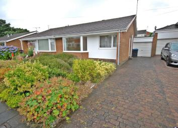 *** AVAILABLE IMMEDIATELY, UNFURNISHED, SOUGHT AFTER LOCATION *** This two bedroom semi detached bungalow is located on Norwich Road in Newton Hall, Durham. The property is available immediately on an unfurnished basis. The property comprises: an ent...