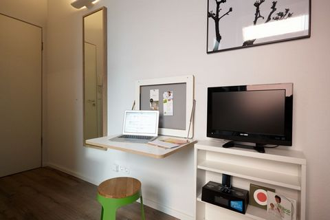 Located in Essen. Sublet.com Listing ID 3408879. For more information and pictures visit https:// ... /rent.asp and enter listing ID 3408879. Contact Sublet.com at ... if you have questions.