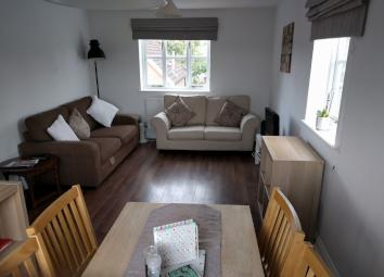 Two double bedroom flat(2nd/top floor) with a separate kitchen from large triple aspect lounge/dining room. Situated in the desirable and quiet area of Church Langley with close proximity to the local supermarket, GP's, nurseries and school. Excellen...