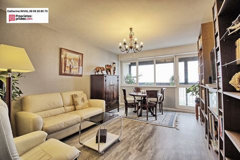 ST HERBLAIN quartier EST, Flat 3 Room (s) 65 m², 10th Floor, 1 Cellar, 2 Bedrooms, Fitted kitchen