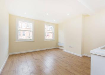 LONG LET. Situated in the heart of Croydon, this fantastic brand new development, offers a stunning second floor studio flat, finished to a high standard throughout. Crown Hill is within 3 mins walk to the future Westfield and East Croydon station. T...