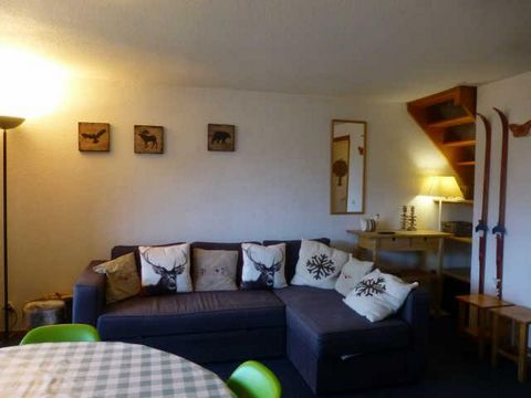 The Residence la Petite Ourse in Peisey Vallandry is located in a quiet area of the resort. A 250 m footpath leads down to the centre of Vallandry. The residence is at an altitude of 1650 m in the Les Roches area of Vallandry. The ski slopes are 50 m...