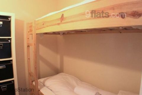 A homely apartment located in Chamonix Sud, within walking distance to all local amenities. A homely two-bedroom apartment in Chamonix Sud, offering one double bedroom and a small bunk room, making it ideal for families, couples or small groups of fr...