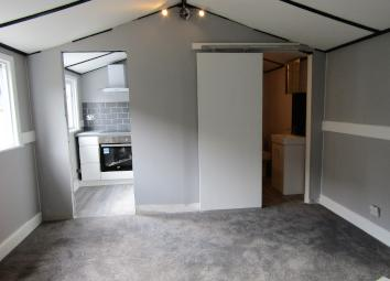 A BRAND NEW, fully REFURBISHED, SPACIOUS, high spec, SELF CONTAINED studio in a PRIVATE DETACHED ANNEX which further benefits from its OWN ENTRANCE, DIRECT ACCESS to a beautiful shared GARDEN and ample parking. This private annex is situated at the b...
