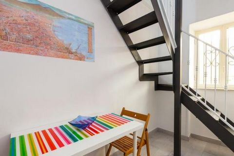 Absolute centrally located, it's only a few steps away from the famous street of nativity scene makers and main museums and attraction of the historical center. Cozy and equipped with any comforts.