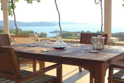 The Eco-friendly house Juvel is surrounded by olive trees which groves are in between old handmade stone terraces. The house is situated close to the bay Gradina and has a fantastic view over the sea, the bay and the surrounding islands. There are no...
