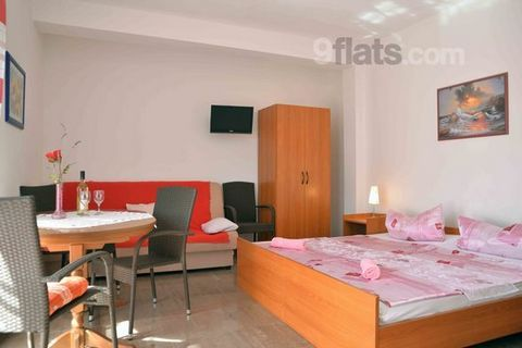 The Apartments Adria Hof are located in a town Vodice in Šibenik region. Vodice has become one of the most popular tourist destinations in Croatia because of its pebble and sandy beaches The property features four units, two studio apartments and two...