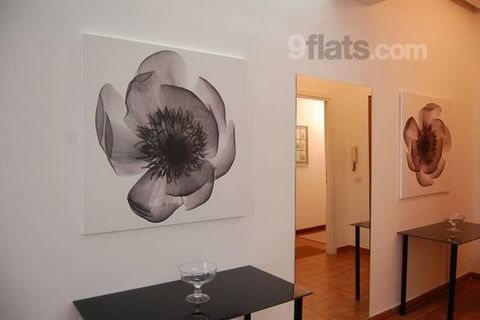 In a perfect location between Piazza di Spagna and the Pantheon, in the most famous street of Rome for shopping, with plenty of bars and restaurants, nice and convenient apartment(3rd without lift) composed of a two living room with dining area and a...