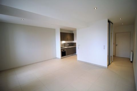 BOURGES Centre ville, Flat 33 m², 2nd Floor, Fitted kitchen