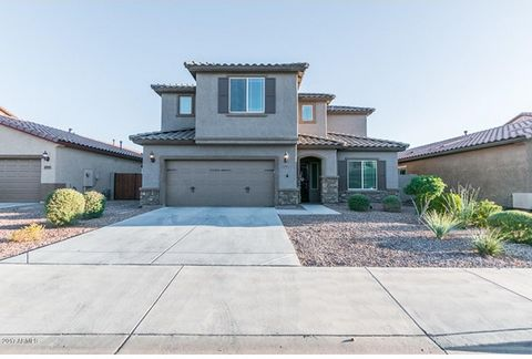 Four bedroom two and a half bathroom home in Tierra del Rio! Immaculately well kept home, owners have spared no expense. Downstairs features a large kitchen with granite counters, stainless steel appliances, walk-in pantry, upgraded light fixtures, d...