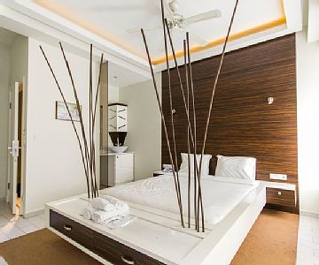 The facility has a beautiful location in the center of Istanbul. Istiklal Street, which has lots of cafes, restaurants and famous stores, is just couples of steps away from the facility. Rates: nightly-weekend - from 41.4 to 41.4 USD