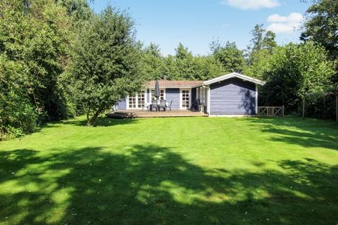 Holiday home suitable for 6 persons . The holiday home is 60 m² and is build in 1967. In 2006 the holiday home was partial renovated. You can bring along 1 pet. The holiday home has washing machine. Further more there is 1 wood-burning stove. The hol...