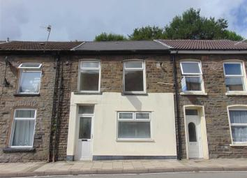 Apex proudly offers this mid terrace property within the Llewellyn Street area of Tylorstown. The property consists of two bedrooms, upstairs bathroom, fitted kitchen and living room and boasts gas central heating and upvc windows throughout. Ideal f...