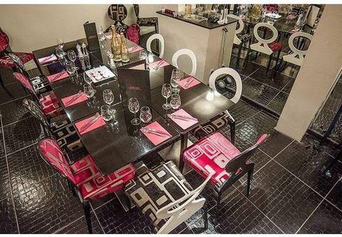 Restaurant traditionnel et tendance Surface de 70 m² répartie sur 2 niveaux pour ce fonds de commerce équipé d'un mobilier haut de gamme avec éclairage moderne. Logiciel de caisse avec imprimante et tablette pour commande à distance. Pas de travaux à...