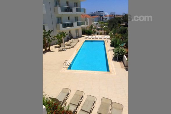 Protaras Holiday Marianna's Beachfront Suite is a cozy and fully refurbished one bed apartment, with a large communal swimming pool located in a beachfront, gated complex on the beautiful Blue Flag white-sand Pernera Beach. The flat itself is just a ...