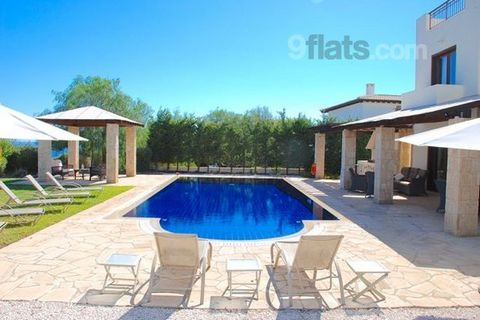 Villa Galata is a large, luxurious four bedroom villa set in beautiful gardens, with dramatic views down the ravine and out to the sea. Villa Galata is built on two plots and boasts a wonderful outside pool area, lawn and gazebo, overlooking the sea,...