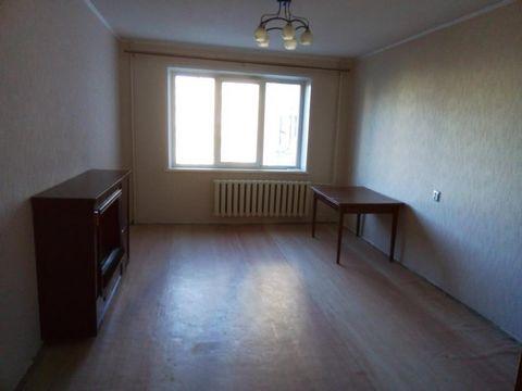 Сдаётся двухкомнатная квартира в девятиэтажном панельном доме, новой планировки на длительный срок. В квартире немного мебели, вопрос решаем, в счёт оплаты необходимое можно докупить. Квартира в нормальном состоянии. Предпочтение отдаётся порядочным,...
