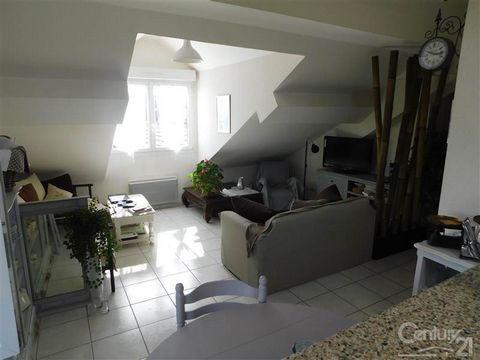 Century 21 agence Adobati-Rollat vous propose sur secteur BONDEVAL , proche de toutes commodités , dans un secteur résidentiel , ce bel appartement F3 composé de deux chambres , d'un grand salon séjour ouvert sur cuisine aménagée , chauffage individu...