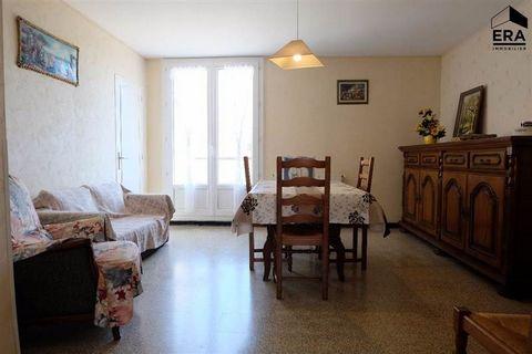 A louer: Secteur Annonciade, Résidence Le Libecciu, appartement de type T3 de 58 m² non meublé composé d'un séjour, d'une cuisine, de deux chambres , d'une salle d'eau, d'un WC indépendant, d'une buanderie et d'une cave. Disponible de suite. Copropri...