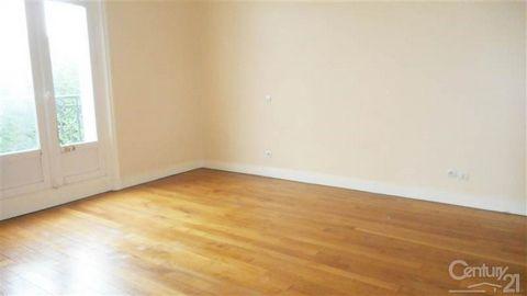 LOCATION APPARTEMENT HARLY Century 21 agence Delahaye vous propose à la location un appartement à Harly, situé au 1er étage comprenant une entrée, un séjour ouvert sur cuisine, une chambre, une salle d'eau avec wc. Dans un cadre calme vous disposerez...