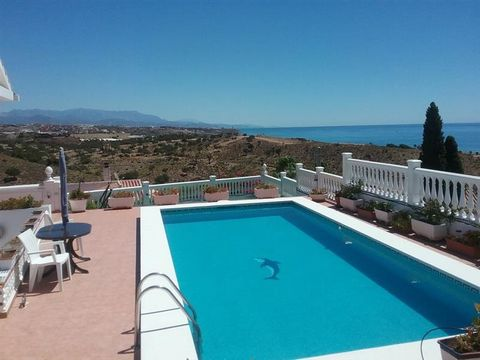 4 Bed Villa in Benajarafe Malaga Spain A modern independent villa with wonderful views to the Mediterranean Sea and nearby mountains due to its excellent position on a very sunny hill. The property has good quality finishes, a swimming pool and diffe...