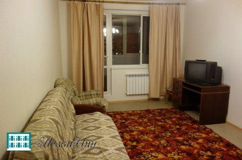Сдается двух комнатная квартира. В квартире есть все необходимое для проживания. Комнаты изолированны, С/У раздельный, окна ПВХ. Рассмотрят всех платежеспособных.
