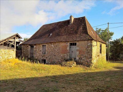 Secteur Savignac Ledrier, fermette à rénover sur 2.7 Ha de terrain avec belle grange en pierre. Jolie vue et calme assuré.