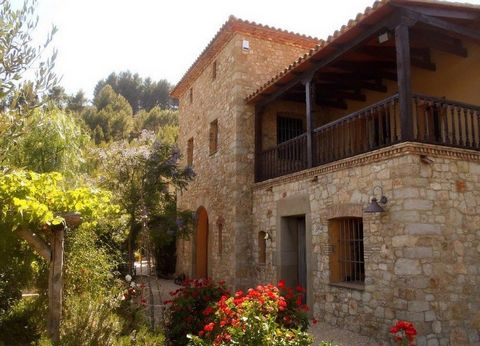 Reduced from €750,000 to €695,000 - A spectacular five bedroom, four bathroom stone built Country Property situated in the beautiful Tarbena valley on a 10,000sqm plot with panoramic views to the Bernia mountains. The property was built in 2005 to a ...