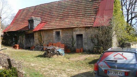 Exclusivité Faureimmo.fr/ Grange à rénover sur un terrain d'une surface d'environ 1610 m2 /Contact ... ... /