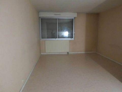 DIJON: 9, Bd TRIMOLET, Au sein d'une copropriété de standing sécurisée, avec piscine et gardien appartement T2 très bien agencé idéalement situé. 1 cave en sous-sol.