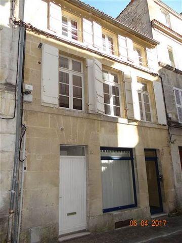Local commercial hyper centre Cognac