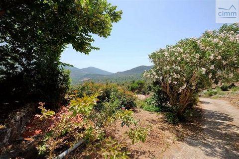VENTE Corse Ajaccio-Gros potentiel pour cette belle maison de 7 pièces proche d'Ajaccio. Cimm immobilier Ajaccio vous propose cette propriété comprenant une maison de 200 m2 et ses dépendances situées dans un environnement campagne avec une jolie vue...