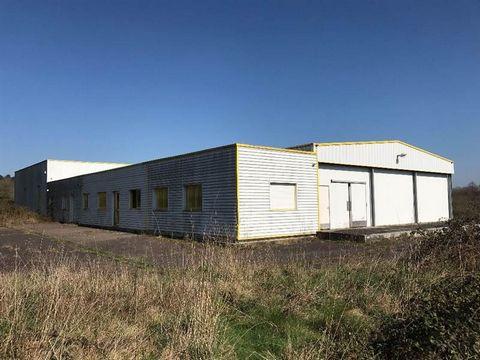 URGENT Secteur REDON Local d' activité d' une superficie de 1055 m² comprenant: Locaux sociaux, bureaux , ateliers , 4 chambres froides , et zone logistique le tout sur 13010 m² de Foncier. Assainissement par lagunage .