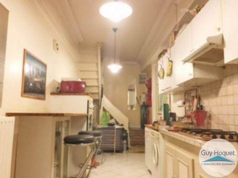 Sur la commune de BEYNOST, dans un secteur calme et résidentiel, venez découvrir dans une petite copropriété cet appartement. Il offre au rez de chaussée une cuisine aménagée. A l'étage vous retrouverez un salon, 2 belles chambres, une salle de bain ...