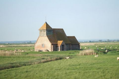Escape to this lovely corner of Romney Marsh with sheep and birds for company. Relax and unwind in your own warm, glowing pine log cabin or soak up the sun on your own southerly facing veranda with its open views across fields. Coarse fishing is free...